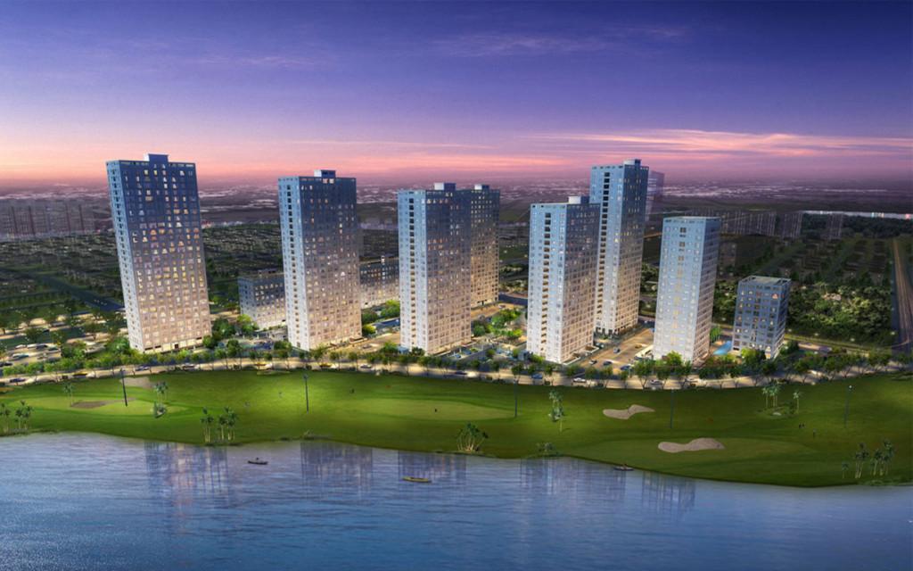 Dự án nhà ở đầu tiên của Phú Mỹ Hưng đối diện sân golf và dòng sông cảnh quan.